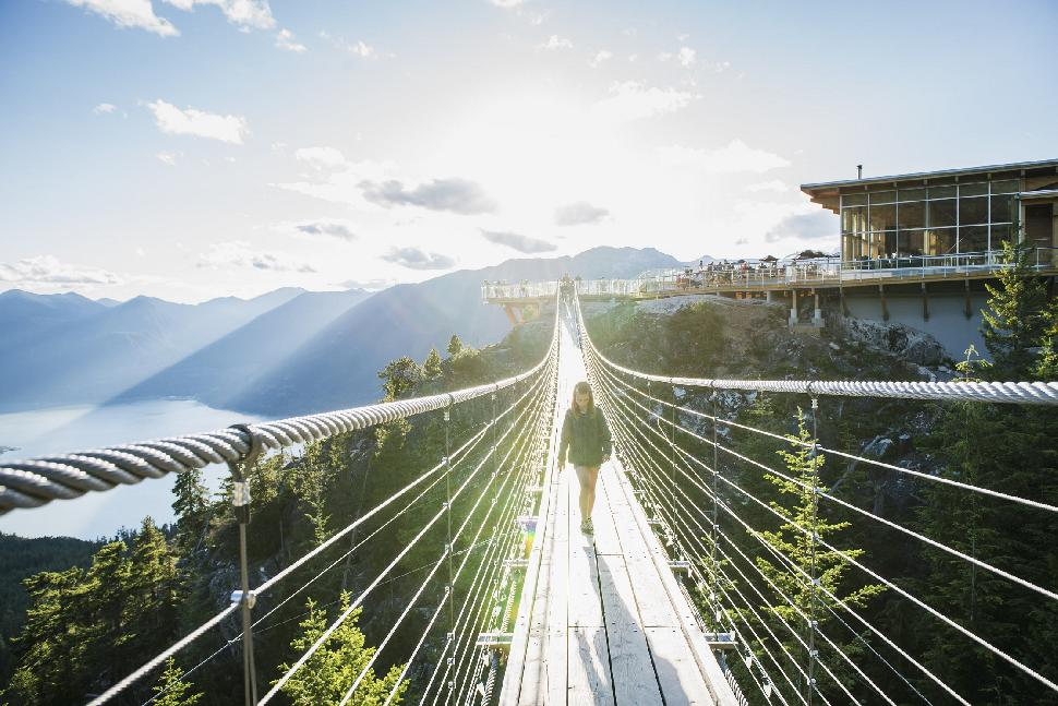 sky pilot bridge squamish gondola
